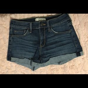 Abercrombie & Fitch Rolled Cuff Jean Shorts Sz 2